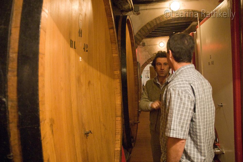 Nico Boscarelli explains to Richard Kelly how the winemaking process works.