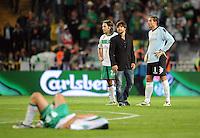 FUSSBALL     UEFA CUP  FINALE  SAISON 2008/2009 Shakhtar Donetsk - SV Werder Bremen 20.05.2009 Torsten Frings (links), Diego (Mitte) und Tim Wiese (rechts alle Bremen) sind nach dem Schlusspfiff enttaeuscht
