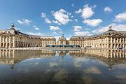 Le Mirroir d'eau de la place de la Bourse // Water mirror of stock exchange square