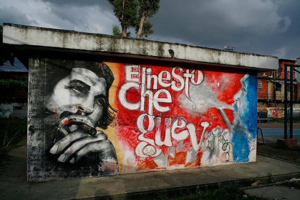 A mural of Che Guevarra in the 23 de Enero barrio.