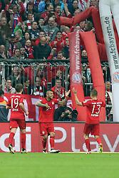 16.04.2016, Allianz Arena, Muenchen, GER, 1. FBL, FC Bayern Muenchen vs Schalke 04, 30. Runde, im Bild Mario Goetze (FC Bayern Muenchen) Arturo Vidal (FC Bayern Meunchen) Rafinha (FC Bayern Muenchen) jubel nach dem 3:0 // during the German Bundesliga 30th round match between FC Bayern Munich and Schalke 04 at the Allianz Arena in Muenchen, Germany on 2016/04/16. EXPA Pictures © 2016, PhotoCredit: EXPA/ Eibner-Pressefoto/ Langer<br /> <br /> *****ATTENTION - OUT of GER*****