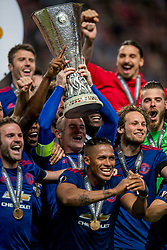 24-05-2017 SWE: Final Europa League AFC Ajax - Manchester United, Stockholm<br /> Finale Europa League tussen Ajax en Manchester United in het Friends Arena te Stockholm / Wayne Rooney met de Europa Cup trophy, Daley Blind #17 of Manchester United