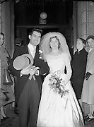 Wedding - Duncan-Andrews (Sister of Eamon Andrews) - Special for Daily Mail<br /> 18/11/1959