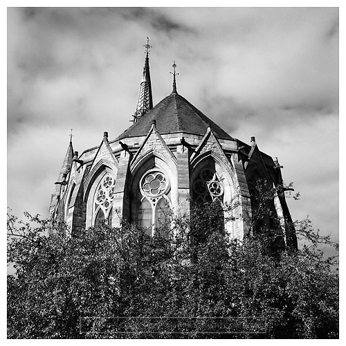 Black and white photograph of Kelvinside Hillhead Church. Mounted print available to purchase.