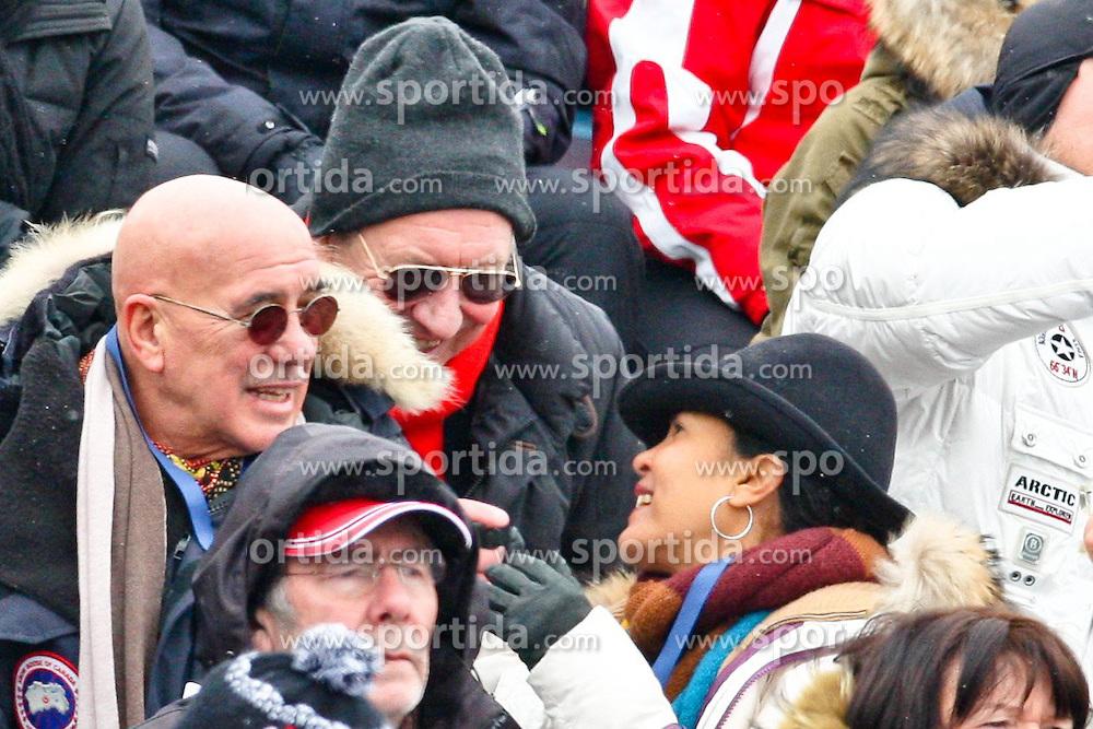 25.01.2013, Streif, Kitzbuehel, AUT, FIS Weltcup Ski Alpin, Abfahrt, Herren, Super G, im Bild Filmregisseur Otto Retzer (AUT) mit Frau Shirley und Freunden// during mens SuperG ..of the FIS Ski Alpine World Cup at the Streif course, Kitzbuehel, Austria on 2013/01/25. EXPA Pictures © 2013, PhotoCredit: EXPA/ Markus Casna