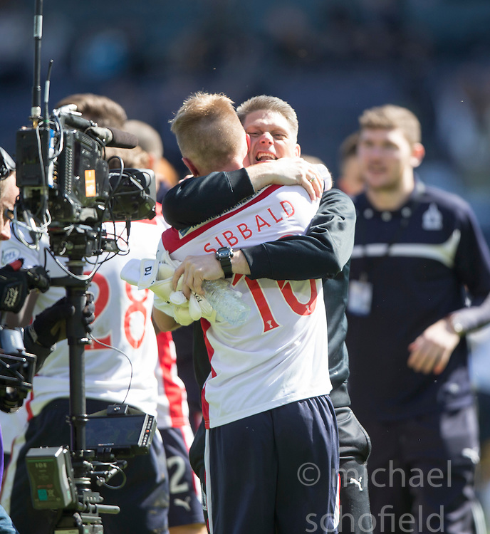 Falkirk's players cele at the end of the game. <br /> Hibernian 0 v 1 Falkirk, William Hill Scottish Cup semi-final, played 18/4/2015 at Hamden Park, Glasgow.