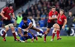 George Ford of England goes on the attack - Photo mandatory by-line: Patrick Khachfe/JMP - Mobile: 07966 386802 22/11/2014 - SPORT - RUGBY UNION - London - Twickenham Stadium - England v Samoa - QBE Internationals