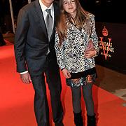 NLD/Katwijk/20101030 - Inloop premiere musical Soldaat van Oranje, Daniel Boissevain en dochter