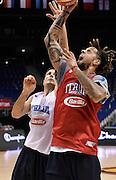 DESCRIZIONE : Berlino EuroBasket 2015 - allenamento<br /> GIOCATORE : Daniel Hackett<br /> CATEGORIA : allenamento<br /> SQUADRA : Italia Italy<br /> EVENTO : EuroBasket 2015<br /> GARA : Berlino EuroBasket 2015 - allenamento<br /> DATA : 03/09/2015<br /> SPORT : Pallacanestro<br /> AUTORE : Agenzia Ciamillo-Castoria/R.Morgano<br /> Galleria : FIP Nazionali 2015<br /> Fotonotizia : Berlino EuroBasket 2015 - allenamento