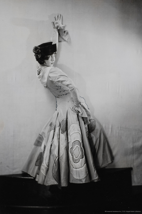 Tilly Losch, dancer, The Spanish Costume, England, UK, 1928