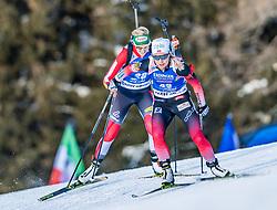 24.01.2019, Suedtirol Arena, Antholz, ITA, IBU Weltcup Biathlon, Sprint, Damen, im Bild v.l.: Lisa Theresa Hauser (AUT), Tiril Eckhoff (NOR) // f.l.: Lisa Theresa Hauser of Austria and Tiril Eckhoff of Norway during women' s Sprint of BMW IBU Biathlon World Cup at the Suedtirol Arena in Antholz, Italy on 2019/01/24. EXPA Pictures © 2019, PhotoCredit: EXPA/ Stefan Adelsberger