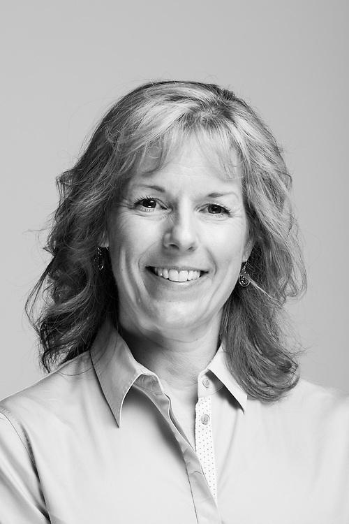 Karen Hanks<br /> Army<br /> E-4<br /> Air Traffic Controller<br /> Mar. 1986 - June 1992<br /> Desert Storm<br /> <br /> Veterans Portrait Project<br /> Phoenix, AZ