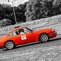 Car 27 Howard Warren / Neil Pickering
