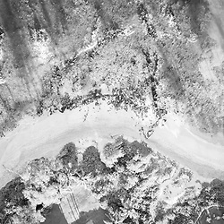 Maui Hawaii aerial drone downward view black and white photo of Wailea-Makena beach shoreline and Pacific Ocean in-between Mokapu Beach and Keawakapu Beach. Copyright ⓒ 2019 Paul Velgos with All Rights Reserved.