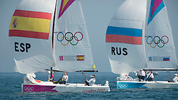 10.08.2012, Bucht von Weymouth, GBR, Olympia 2012, Segeln, im Bild Echegoyen Tamara, Toro Sofia, Pumariega Angela, (ESP, Match Race).Skudina Ekaterina, Oblova Elena, Syuzeva Elena, (RUS, Match Race) // during Sailing, at the 2012 Summer Olympics at Bay of Weymouth, United Kingdom on 2012/08/10. EXPA Pictures © 2012, PhotoCredit: EXPA/ Juerg Kaufmann ***** ATTENTION for AUT, CRO, GER, FIN, NOR, NED, .POL, SLO and SWE ONLY!
