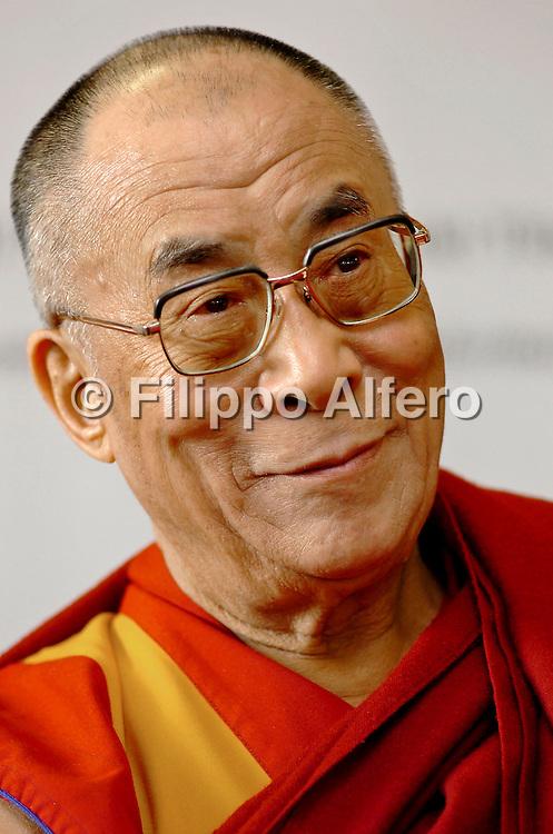 &copy; Filippo Alfero<br /> Torino , 16/12/2007<br /> Politica<br /> Il Dalai Lama Tenzin Gyatso