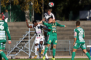 10.9.2016, Paavo Nurmen stadion, Turku.<br /> Ykkönen 2016.<br /> Turun Palloseura - Kokkolan Pallo-Veikot.<br /> Irakli Sirbiladze (KPV) v Mikael Liespuu & Abukar Mohamed (TPS).