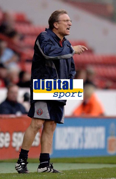 Photo: Glyn Thomas.<br />Sheffield Utd v Cardiff City. Coca Cola Championship.<br />29/10/2005.<br />Sheffield's manager Neil Warnock.