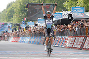 Foto LaPresse - Belen Sivori<br /> 31/05/2015 Milano (Italia)<br /> Sport Ciclismo<br /> Giro d'Italia 2015 - 98a edizione - Tappa 21 - da Torino a Milano - 178 km ( 110,6 miglia )<br /> Nella foto: in arrivo Keisse Iljo -Bel- (Etixx QuickStep) vincedor di tappa 21<br /> <br /> Photo LaPresse - Belen Sivori<br /> 31 May 2015  Milan (Italy)<br /> Sport Cycling<br /> Giro d'Italia 2015 - 98a edizione - Stage 21 - from Turin to Milan  - 178 km ( 110,6 miles) <br /> In the pic: Keisse Iljo -Bel- (Etixx QuickStep) winner stage 21