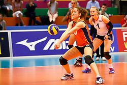 20140425 NED: Jong Oranje Vrouwen - Montenegro, Arnhem <br /> Lynn Braakhuis (5) The Netherlands<br /> ©2014-FotoHoogendoorn.nl / Pim Waslander