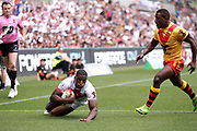 Jermaine Mcgillvary of England scores the first try during the Rugby League World Cup Quarter-Final match between England and  Papua New Guinea at Melbourne Rectangular Stadium, Melbourne, Australia on 19 November 2017. Photo by Mark  Witte.