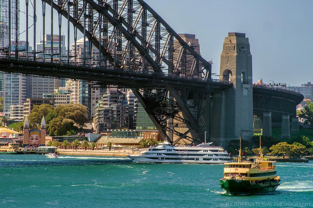 Boats along Sydney Harbour