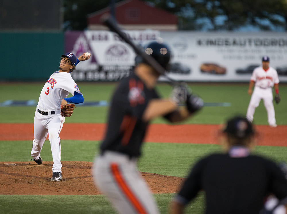 Edioglis Villasmil of the Brooklyn Cyclones pitches during the top of the third inning of a New York Penn League game against the Aberdeen Ironbirds on August 28, 2015 at MCU Park in Coney Island, Brooklyn, NY. (Dustin Satloff / Brooklyn Cyclones)