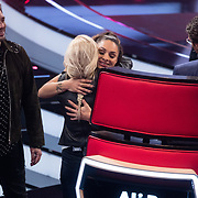 NLD/Hilversum/20180209 - 3e Liveshows The voice of Holland 2018, afscheid van de coaches van Kimberly Maasdamme