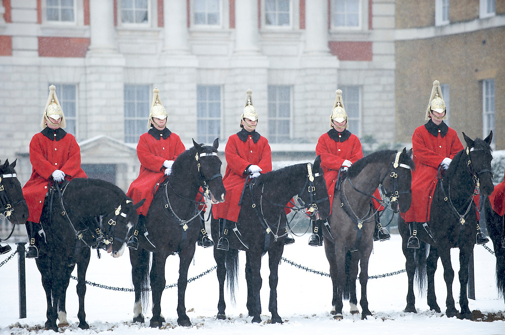 The Queen's Life Guard in the snow | Johnny Greig - Photographer