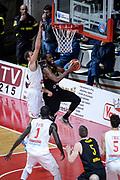 DESCRIZIONE : Varese FIBA Eurocup 2015-16 Openjobmetis Varese Telenet Ostevia Ostende<br /> GIOCATORE : <br /> CATEGORIA : Tiro<br /> SQUADRA : Telenet Ostevia Ostende<br /> EVENTO : FIBA Eurocup 2015-16<br /> GARA : Openjobmetis Varese - Telenet Ostevia Ostende<br /> DATA : 28/10/2015<br /> SPORT : Pallacanestro<br /> AUTORE : Agenzia Ciamillo-Castoria/M.Ozbot<br /> Galleria : FIBA Eurocup 2015-16 <br /> Fotonotizia: Varese FIBA Eurocup 2015-16 Openjobmetis Varese - Telenet Ostevia Ostende