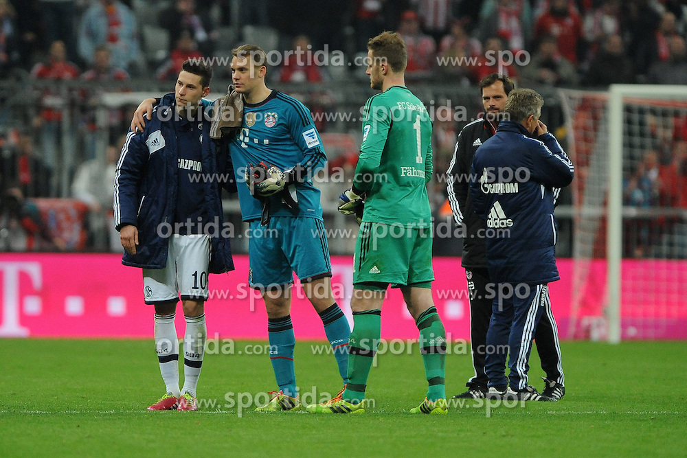 01.03.2014, Allianz Arena, Muenchen, GER, 1. FBL, FC Bayern Muenchen vs Schalke 04, 23. Runde, im Bild Julian Draxler (S04), wird von Torwart Manuel Neuer (FC Bayern Muenchen) umarmt // during the German Bundesliga 23th round match between FC Bayern Munich and Schalke 04 at the Allianz Arena in Muenchen, Germany on 2014/03/01. EXPA Pictures &copy; 2014, PhotoCredit: EXPA/ Eibner-Pressefoto/ Stuetzle<br /> <br /> *****ATTENTION - OUT of GER*****