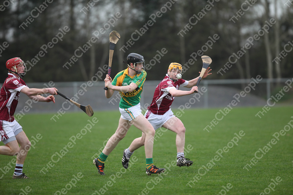 Josephs Eamonn Clohessy and Broadfords Eoin O Brien in action in Sixmilebridge on Saturday.<br /> Pic. Brian Arthur/ Press 22.