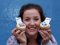 Pippa Perriam who works in the Cuckoo's bakery holding cupcakes.<br /> Cupcakes referendum photocall to take place. Cuckoo's bakery has been selling Yes, No and undecided cupcakes since March .<br /> Pako Mera/Universal News And Sport (Europe) 16/09/2014