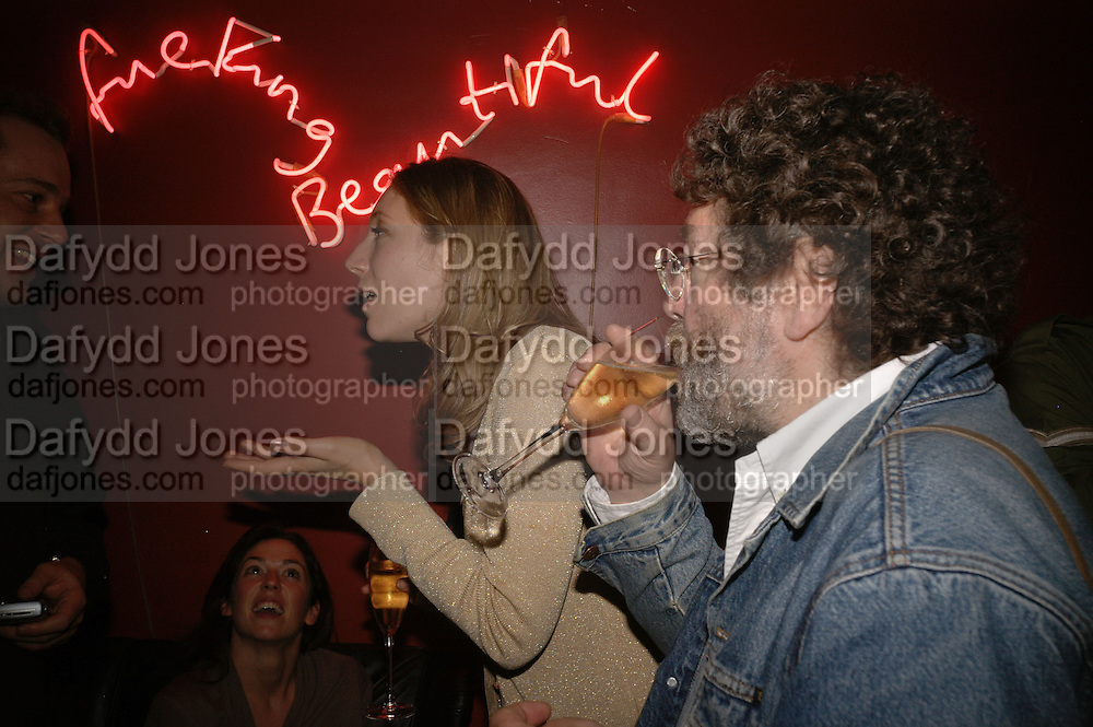 Nina Raine and Craig Raine, First night party after the opening of Rabbit by Nina Raine at the Old Red Lion Theatre, Islington. Groucho Club. 18 June 2006. ONE TIME USE ONLY - DO NOT ARCHIVE  © Copyright Photograph by Dafydd Jones 66 Stockwell Park Rd. London SW9 0DA Tel 020 7733 0108 www.dafjones.com