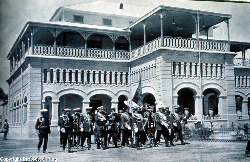 1916<br />