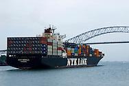 Barco carguero navegando por el Canal de Panama en la zona de El puente la Americas..Foto: Ramon Lepage / Istmophoto.