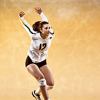 Jess Lerminiaux of the Regina Cougars Women's Volleyball team.