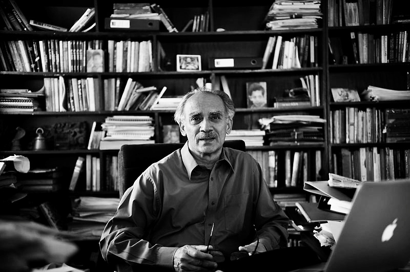 Arun Shourie is a journalist, editor, former World Bank economist & politician from the right wing hindu party BJP(Bharatya Janata Party). He had been minister in the NDA government looking after the disinvestment.Photo by Shome Basu