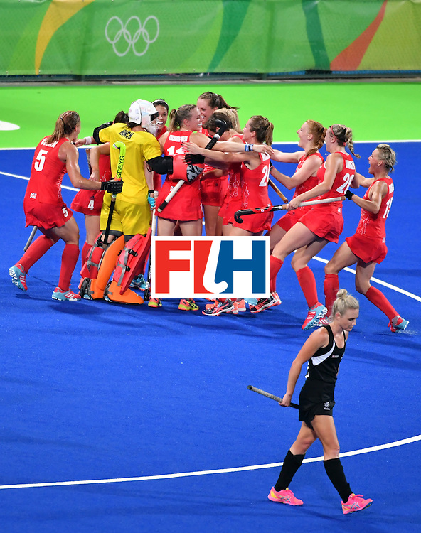 Britain's team celebrates after winning the women's semifinal field hockey New Zealand vs Britain match of the Rio 2016 Olympics Games at the Olympic Hockey Centre in Rio de Janeiro on August 17, 2016. / AFP / Pascal GUYOT        (Photo credit should read PASCAL GUYOT/AFP/Getty Images)