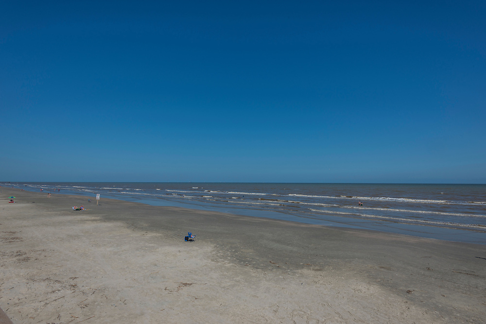 Photograph of environment on Galveston Island in June of 2016.