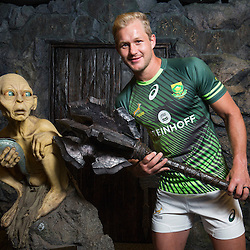 South Africa captain Philip Snyman poses with Lord of the Rings character Gollum during the Wellington Sevens captains' photo opportunity at Weta Workshop in Wellington, New Zealand on Thursday, 26 January 2017. Photo: Hagen Hopkins / lintottphoto.co.nz