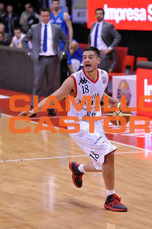 DESCRIZIONE : Biella Lega A 2011-12 Angelico Biella Novipiu Casale Monferrato<br /> GIOCATORE : Massimo Chessa<br /> CATEGORIA : Palleggio<br /> SQUADRA : Angelico Biella<br /> EVENTO : Campionato Lega A 2011-2012<br /> GARA : Angelico Biella Novipiu Casale Monferrato<br /> DATA : 21/04/2012<br /> SPORT : Pallacanestro<br /> AUTORE : Agenzia Ciamillo-Castoria/S.Ceretti<br /> Galleria : Lega Basket A 2011-2012<br /> Fotonotizia : Biella Lega A 2011-12 Angelico Biella Novipiu Casale Monferrato<br /> Predefinita :
