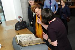 Dunfermline museum opening,Dunfermline, 6-9-2017<br /> <br /> Barbara Dickson looks at a very old book<br /> <br /> (c) David Wardle | Edinburgh Elite media
