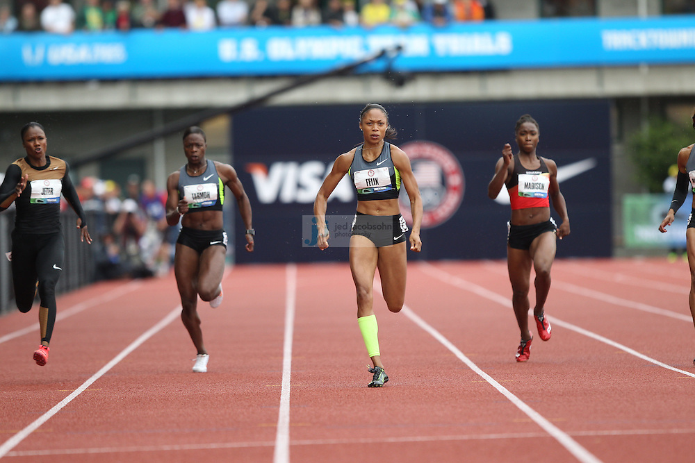 Allyson Felix runs in the finals of the 200m during day 9 of the U.S. Olympic Trials for Track & Field at Hayward Field in Eugene, Oregon, USA 30 Jun 2012..(Jed Jacobsohn/for The New York Times)....