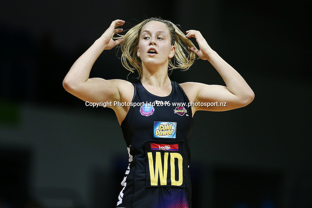 Jamie-Lee Price of the Magic in action. 2016 ANZ Championship, Northern Mystics v Waikato BOP Magic, The Trusts Arena, Auckland, New Zealand. 6 June 2016. Photo: Anthony Au-Yeung / www.photosport.nz