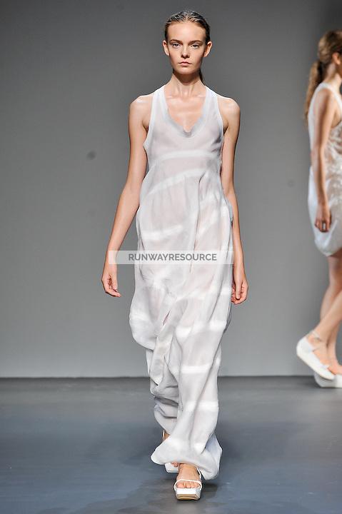 Nimue Smit walks the runway wearing Calvin Klein Spring 2010 collection during Mercedes-Benz fashion week on September 17, 2009.
