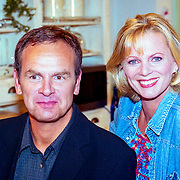 NLD/Hilversum/1989 - Cast serie Verkeerd Verbonden, Bert Kuizinga, Marylou Stheins