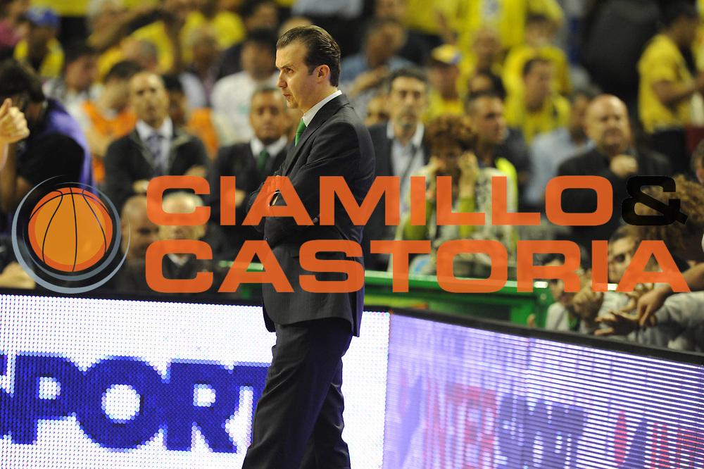DESCRIZIONE : Barcellona Barcelona Eurolega Eurolegue 2010-11 Final Four Semifinale Semifinal Panathinaikos Montepaschi Siena<br /> GIOCATORE : Simone Pianigiani Coach<br /> SQUADRA : Montepaschi Siena<br /> EVENTO : Eurolega 2010-2011<br /> GARA : Panathinaikos Montepaschi Siena<br /> DATA : 06/05/2011<br /> CATEGORIA : ritratto delusione<br /> SPORT : Pallacanestro<br /> AUTORE : Agenzia Ciamillo-Castoria/GiulioCiamillo<br /> Galleria : Eurolega 2010-2011<br /> Fotonotizia : Barcellona Barcelona Eurolega Eurolegue 2010-11 Final Four Semifinale Semifinal Panathinaikos Montepaschi Siena<br /> Predefinita :