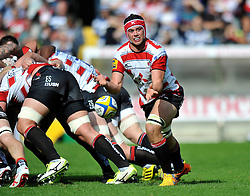 Lewis Ludlow of Gloucester Rugby passes the ball - Mandatory byline: Patrick Khachfe/JMP - 07966 386802 - 13/09/2015 - RUGBY UNION - Memorial Stadium - Bristol, England - Gloucester Rugby v Bath Rugby - West Country Challenge Cup.