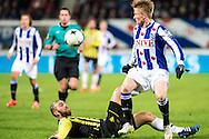 Voetbal Heerenveen Eredivisie 2014-2015 SC Heerenveen - Vitesse: (L-R) Guram Kashia of Vitesse, Sam Larsson (SC Heerenveen)